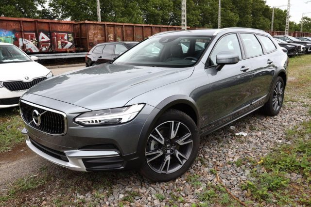 Volvo V90 Cross Country D4 190 Aut. AWD Pro Leder LED -  Leasing ohne Anzahlung - 512,00€