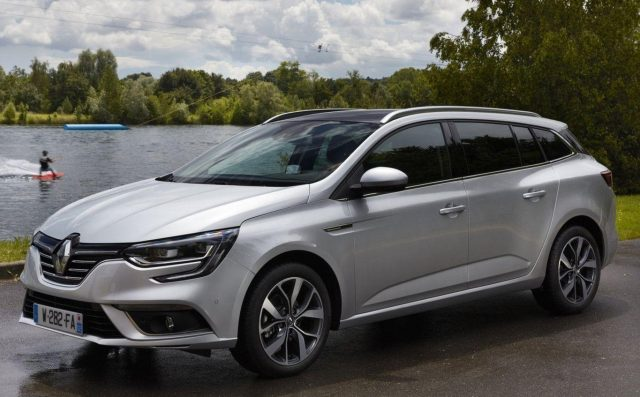 Renault Megane Grandtour 1.3 TCe 115 Business KomfortP -  Leasing ohne Anzahlung - 135,00€
